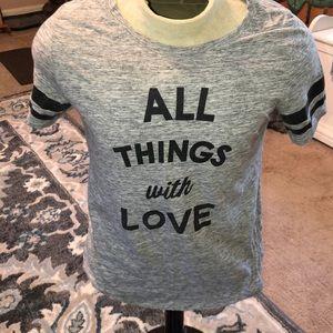 Short sleeve tee shirt